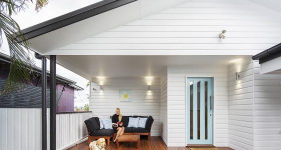 Downstairs Verandah Links Pool To House